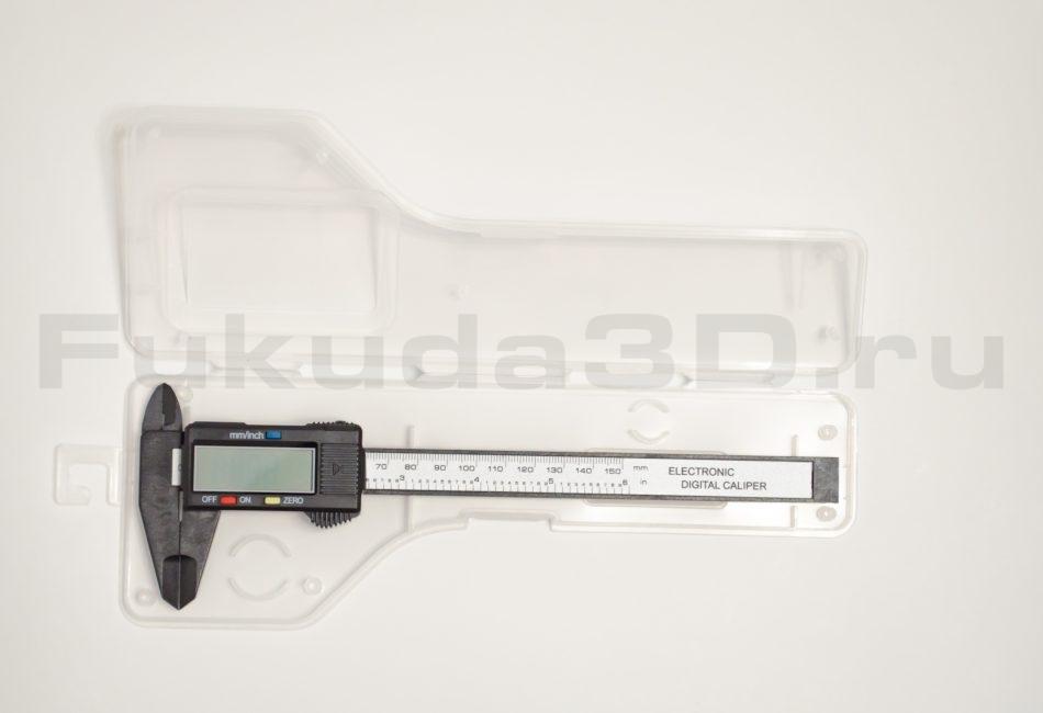 Штангенциркуль цифровой электронный с кейсом и запасной батарейкой, погрешность 0,1 мм