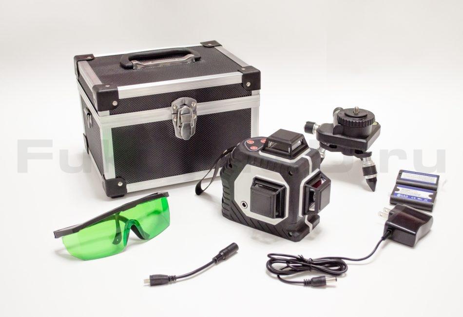 Лазерный уровень с зеленым лучом Kaitian 3D комплектация на фото