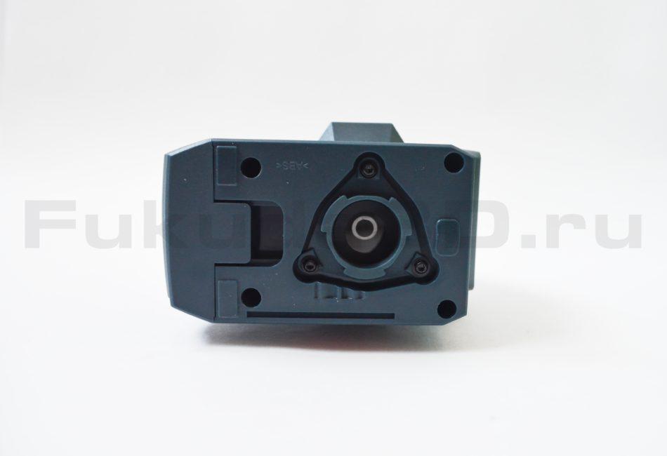 Нивелир Bosch GLL 3-15 X Professional - вид снизу