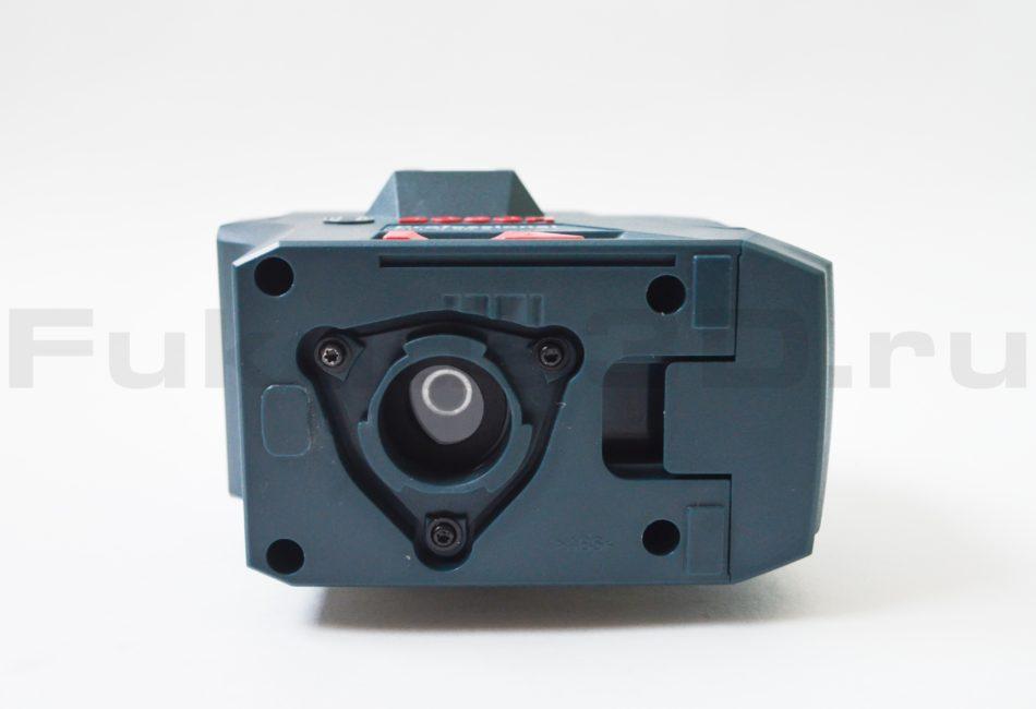 Нивелир Bosch GLL 5-50 X Professional - вид снизу