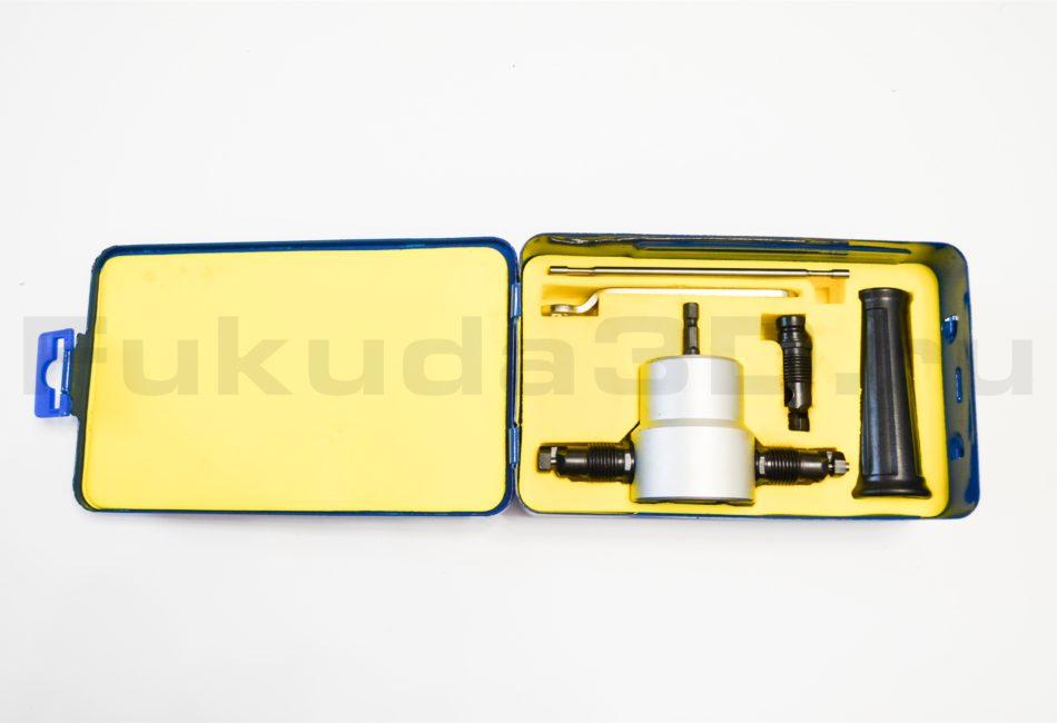 Насадка-ножницы для листовых материалов - Сверчок с запасным комплектом режущего элемента