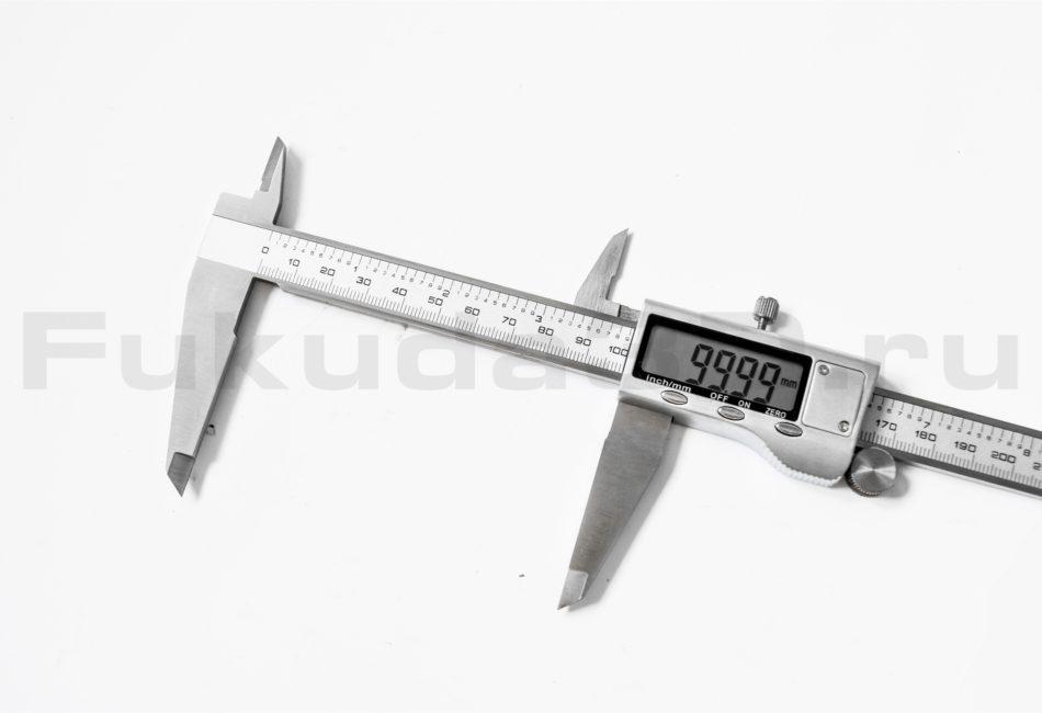Металлический штангенциркуль на 300 мм