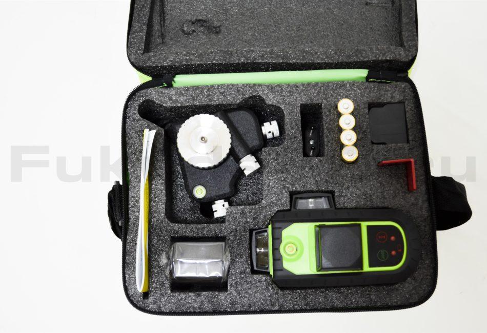Лазерный нивелир Fukuda 3D MW-93T-2-3GX поставляется в сумке