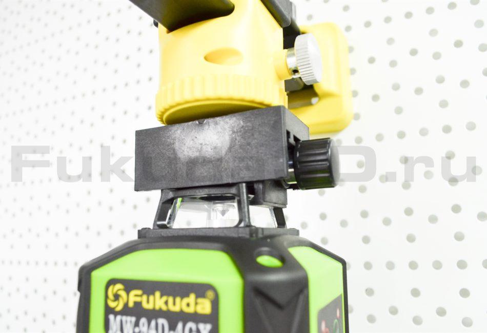 Лазерный уровень Fukuda 4D модель MW-94D-4GX (16 линий) поставляется с магнитным кронштейном (за верхнюю призму)