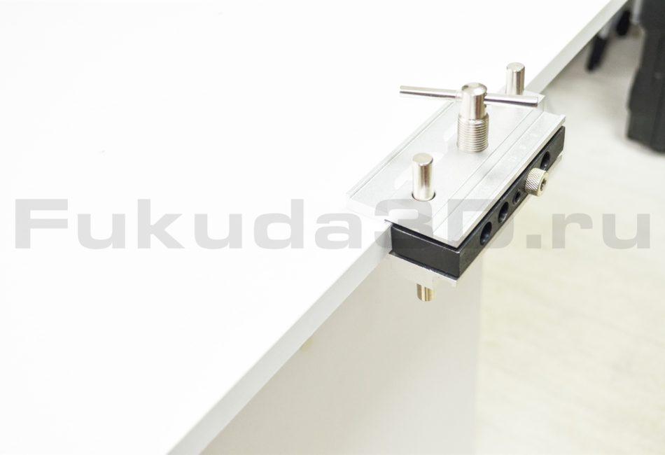 Мебельный кондуктор для сверления отверстий в торец