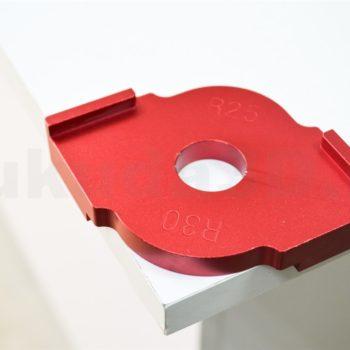 Алюминиевый шаблон для скругления углов фрезером - пример