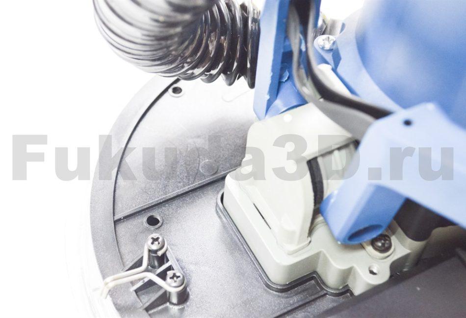 Шлифовальная машина «жираф» для стен и потолков DongCheng S1F-FF02-225 имеет фиксацию для шлифовки потолка
