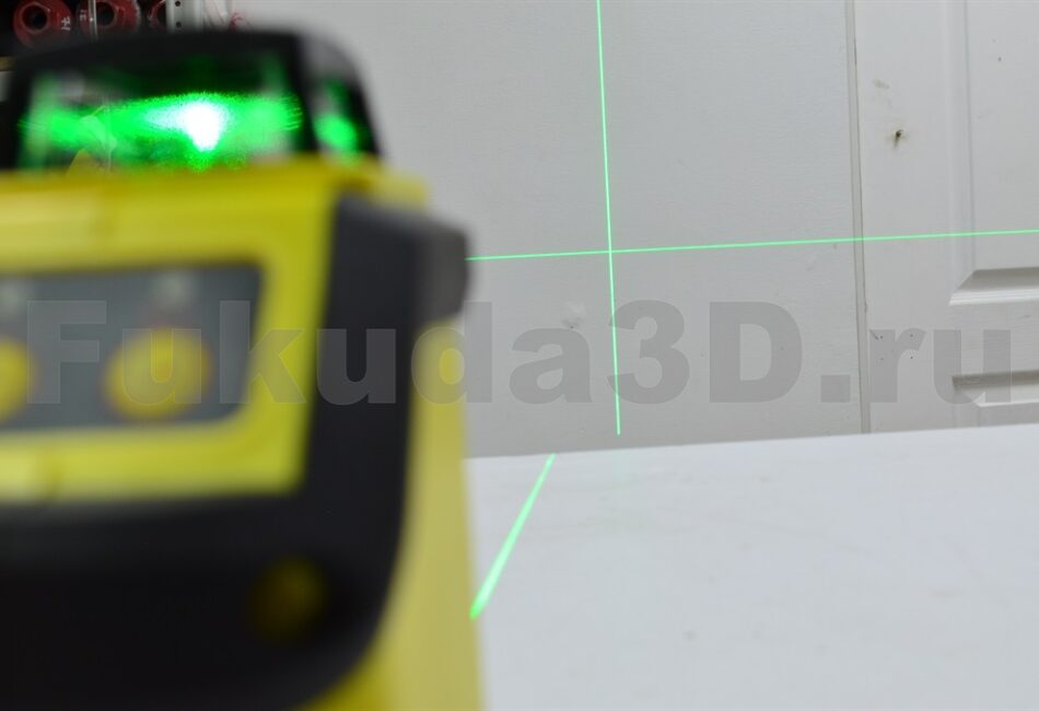Лазерный уровень для монтажа натяжных потолков купить